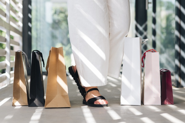 e5638138f Strategies for Shopping for Sandals – Tory Burch Inc